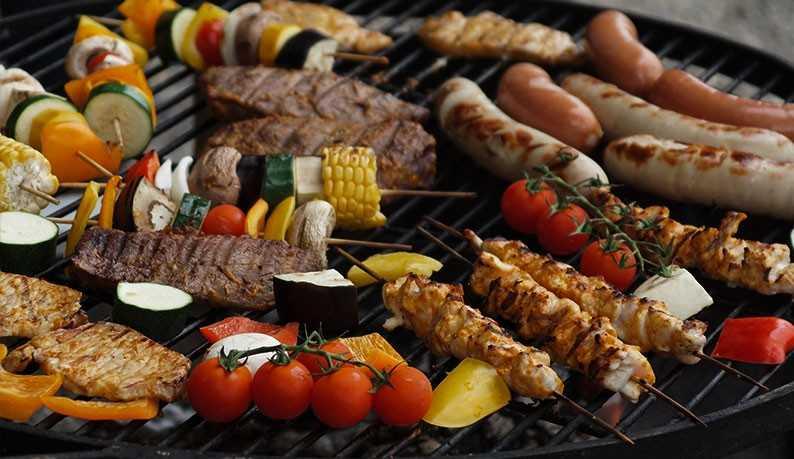 Amoureux de la barbak vs végétarien : la réconciliation autour du barbecue