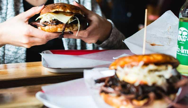 Hamburger de porc effiloché